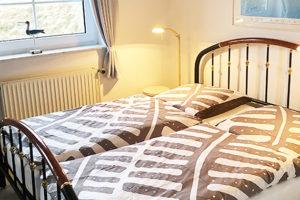 ferien-wohnung-juist-Inselresidenz-wattenmeer-whg9-Schlafzimmer